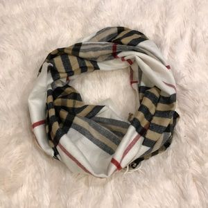 New ITALY DESIGN Cashmere Blend PLAID Scarf
